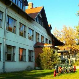 Nyári képek az iskoláról